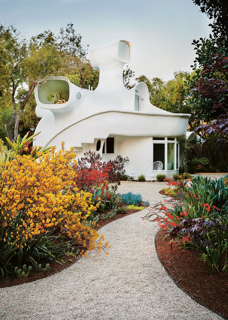 California's Spaceship House